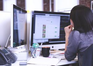 7 Facts and Myths about Online Work