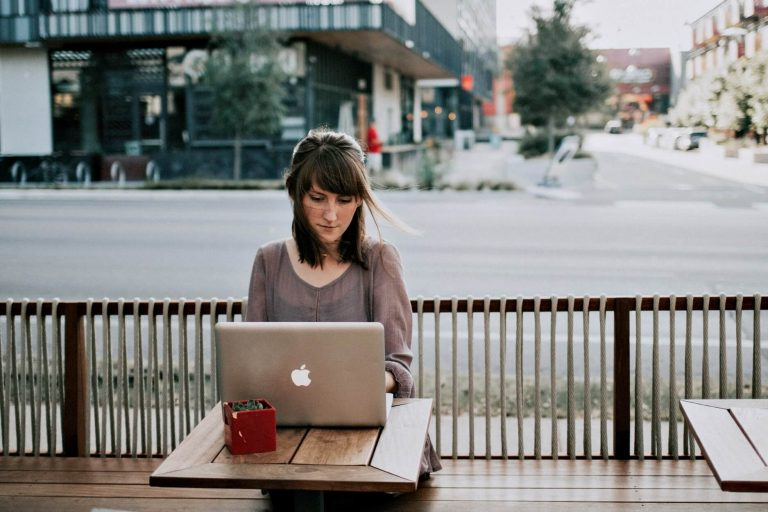 Essential Skills for Writer Virtual Assistants