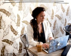 How Bottleneck Distant Assistants Help Me Get My Life Back